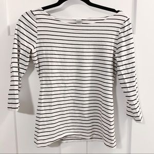 Black and White Striped Quarter Sleeve Top